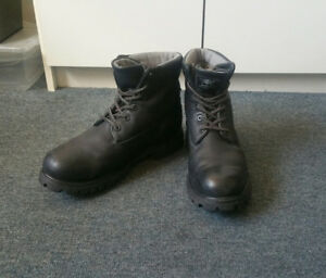 ★★Timberland Boots sz9.5_Genuine Leather_MINT CONDITION★★