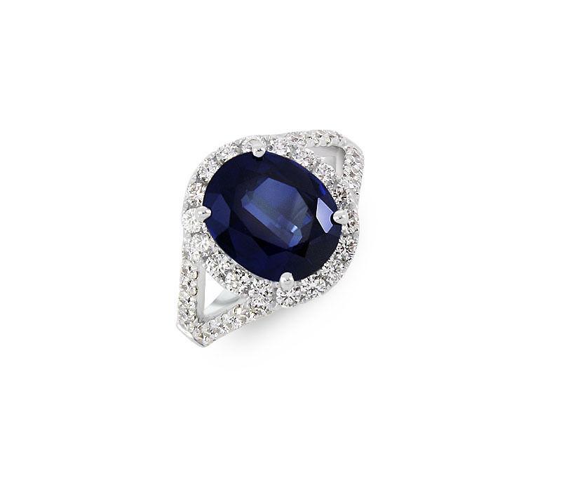 18kt White Gold Sapphire & Diamond Ring