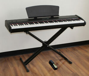 Digital Piano 88 Fully Weighted Keys Brand New