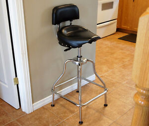 Adjustable Height Bar or Shop Stool