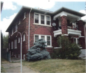 Large 3 Bedroom - Available Dec 1
