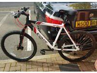 Apollo Evade Mens Mountain Bike