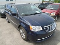 2014 Chrysler Town and Country R.CAM