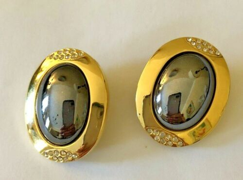 Vintage Clip-on Gold Color Earrings with Shiny Black Center from the early 90
