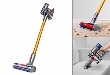 Dyson V8 Absolute Cordless Vaccum Cleaner - Near New