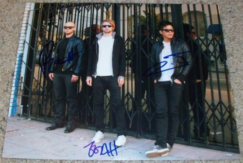 THE GLITCH MOB BAND SIGNED AUTOGRAPH 8x10 PHOTO E w/EXACT PROOF BY ALL 3
