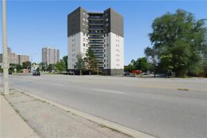 Hurontario St. and Hillcrest Ave.: 3122 Hurontario Street, 1BR