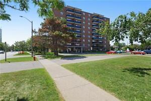 Dundas St. W. and Confederation Pkwy.: 95 Paisley Blvd. W, 1BR