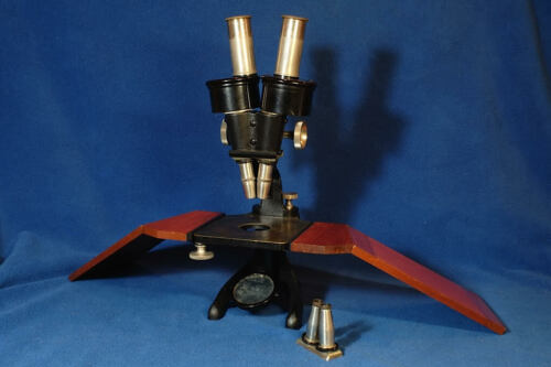 Zeiss Stereo Microscope 67779 1916 Case, Detachable Base  Antique