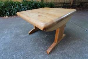 ~ RRP $100 ~ Lamp TV and Coffee Table ~ Square ~ Light ~ Wooden ~ St Kilda East Glen Eira Area Preview