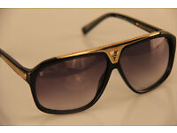 PAYPAL ACCEPTED LOUIS VUITTON BLACK SUNGLASSES BRAND NEW WITH LV CASE/CLOTH.
