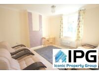 4 Bedroom House With A Private Garden Located Walking Distance To Wood Street (Overground Station).