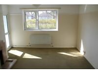Spacious, unfurnished 1 bed ground floor flat to rent in Weybridge. £950 a month excluding bills