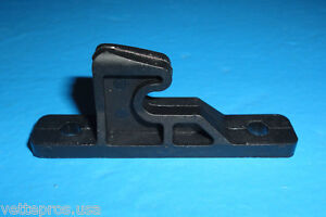 1997-2004-C5-CORVETTE-CONSOLE-DOOR-STRIKER-HOOK