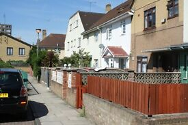 WOW//WOW SPACIOUS 5 BED COTTAGE TO RENT, FULLY FURNISHED, SHORT WALK TO QMUL, MILE END STATION
