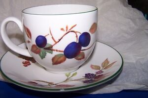 Evesham Vale Royal Worcester Tea Cup  Made in England