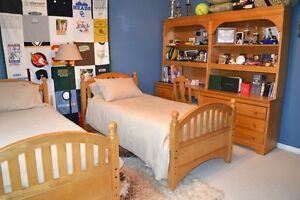 Stanley Young American Furniture Set Honey Oak Ebay
