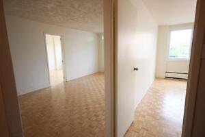 Renovated 4.5 avail Downtown - ATWATER - GUY CONCORDIA