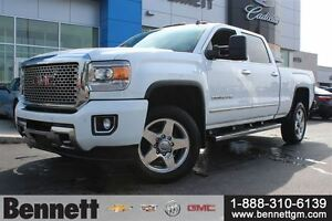2015 GMC SIERRA 2500HD Denali -  Loaded Diesel - 1 Local owner