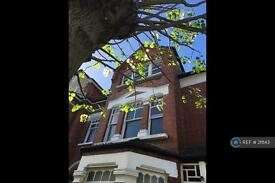2 bedroom flat in Talbot Road, London, N6 (2 bed)