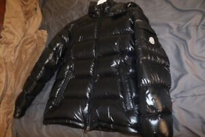 MONCLER BLACK MAYA JACKET SZ LARGE sz 3