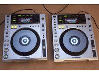 Pioneer CDJ 850 (PAIR) DJ Decks Turntables