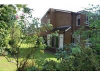 2 bedroom flat in Kirkstall Lane, Kirkstall , LEEDS, LS6