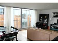 Beautiful two bedroom tow bathroom flat, in modern porter development close to transport links