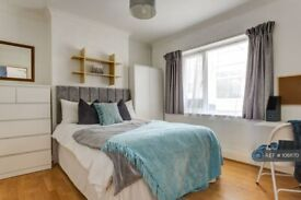 5 bedroom house in Bevendean Crescent, Brighton, BN2 (5 bed) (#1061170)