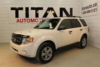 2010 Ford Escape XLT, Auto, 4x4, Chrome Wheels, PST Paid!