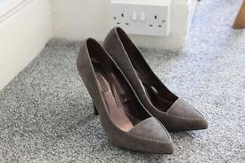 NEXT gery high heel shoes