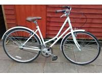 New Kingston ladies town bike
