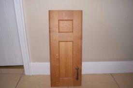 Solid Oak Kitchen Doors, Drawer Fronts + Handles