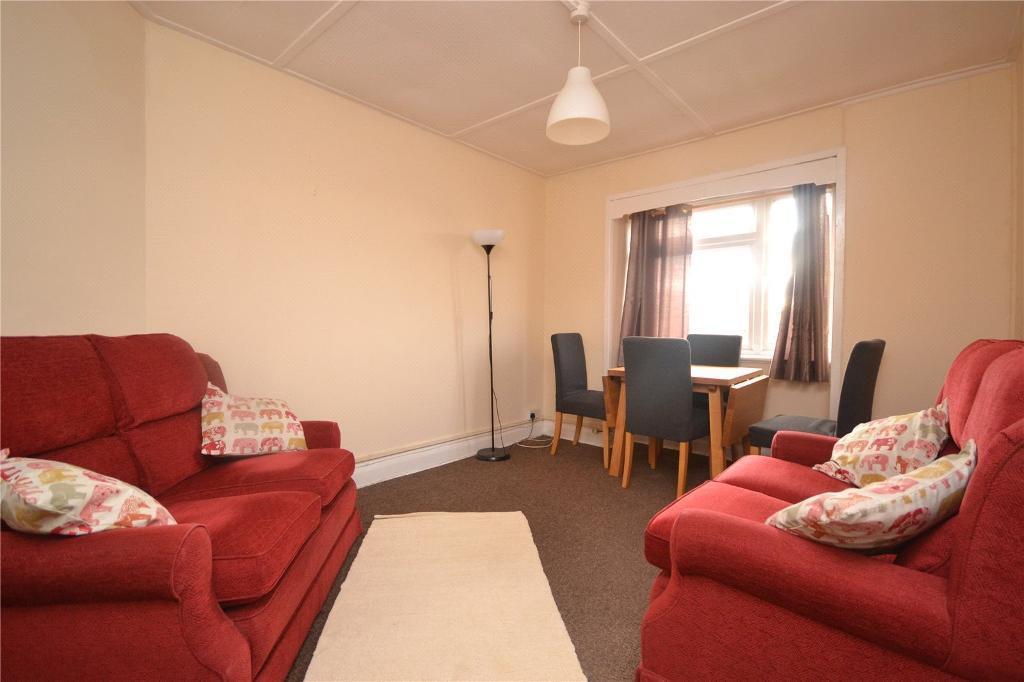 2 bedroom flat in Hampden Court, Hampden Road, Muswell Hill, N10