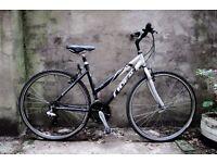 IDEAL MEGISTO, ladies hybrid road bike, 18.5 inch, 21 speed, aluminum alloy
