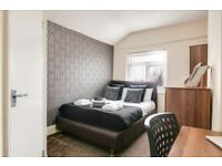 **SPACIOUS** Ensuite Room Available B23!! - Room 5