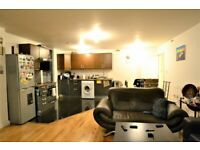 Stunning Two bedroom flat available Now-near Greenwich SE10