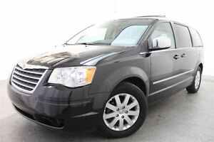 2010 Chrysler Town & Country Touring *MAGS + 7 PASSAGERS + HAYON
