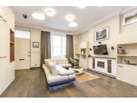 3 bedroom flat in Randolph Avenue, Maida Vale