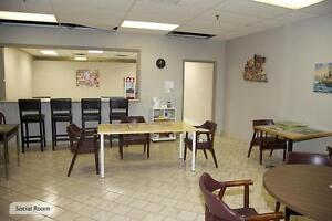 St. Thomas 1 Bedroom Apartment for Rent: Rooftop pool, gym, A/C London Ontario image 3