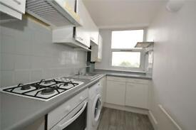 2 bedroom flat in Pyramid House, 952 High Road, North Finchley, N12