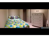 1 bedroom in Parkham Mead, Binfield, RG42