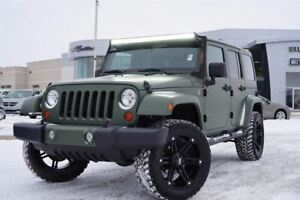 2012 Jeep WRANGLER UNLIMITED Sahara| 4 Lift | 4 Off-Road Wheels