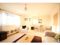 Top Floor 2 Bed Oxford Reliance Way Apartment with Views to Rent