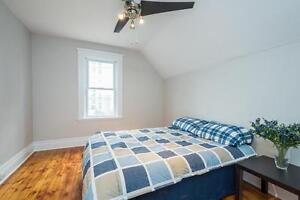 Great Downtown Location 5 Bedroom Student House London Ontario image 11