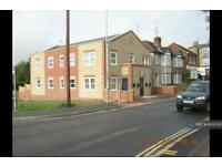 2 bedroom flat in St. Johns Road, Ryde, PO33 (2 bed)