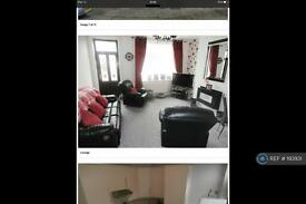 3 bedroom house in Derwent Street, Keighley , BD21 (3 bed)