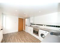 4 bedroom house in Plumstead Common Road, London, SE18 (4 bed) (#1174341)