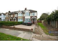 4 bedroom house in Kenley Road, London, SW19 (4 bed)