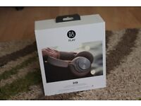 B&O PLAY by Bang & Olufsen Beoplay H9 Wireless Noise Cancelling Headphones (Argilla Grey)